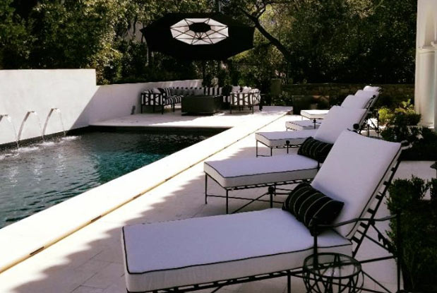 Bllack-white-chaise-lounge-pasadena-showcase