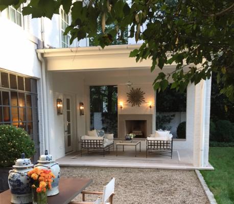 black-white-outdoor-sofa-amalfi-tuxedo