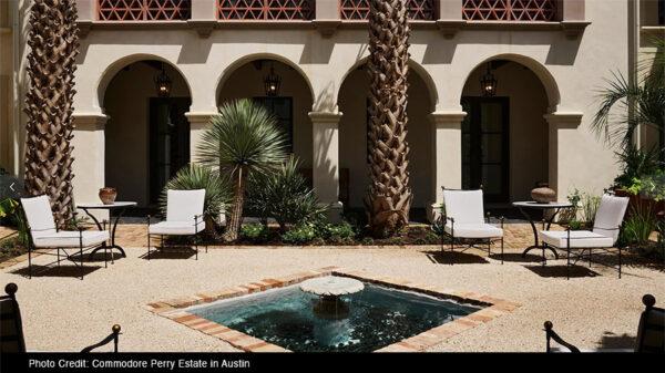 amalfi-pati-furniture-commodore-perry-resort-austin-courtyard-2